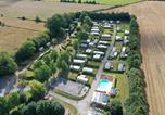 Camping avec Ambiance club Ault - Camping de l'Orival-3