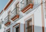 Location vacances Los Santos de Maimona - Casa de lujo con bodeguita rociera y chimenea-1