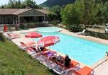 Camping avec Piscine couverte / chauffée Campouriez - Causses et Vallees Vacances-1