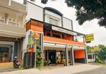 Hôtel Batu - Oyo 90151 Guest House 180-4