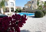 Location vacances Kouklia - Modern 3 bedroom villa, pool and close to golf course-1