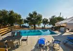 Location vacances Mesongi - Deja Blue Beach House-4