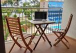 Location vacances  Province de Barcelone - Apartamento a 2 minutos de la playa-1