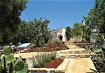 Location vacances  Province de Brindisi - Holiday Home Casa Giuliveto-1
