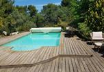 Location vacances Beaumont-de-Pertuis - Apartment Chemin du Piternet-1