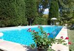 Location vacances Cavaillon - La Bastide Des Joncquiers-2