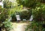 Location vacances  Bouches-du-Rhône - Apartment Le Bali.1-4
