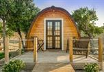 Location vacances Cartaxo - The Gold Pod, relax and enjoy on a Glamping house-1