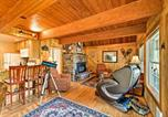 Location vacances Monroe - 'The Owl's Nest' Home with Hot Tub and Massage Chair!-4