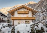Location vacances Mayrhofen - Alpen Appartement Beletage-1