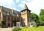 Hôtel Naussac - Chambres d'Hôtes Château de Viviez-1