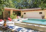 Location vacances Pont-de-Barret - Three-Bedroom Holiday Home in La Roche St Secret-3