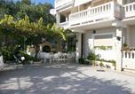 Location vacances Banjol - Apartment in Rab/Insel Rab 16098-1