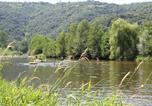 Camping avec Site nature Vion - Camping Les Sables-3