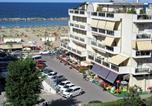 Location vacances  Province de Rimini - Splendido appartamento sul mare-3
