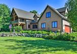 Location vacances Johnston - Luxe Countryside Lodge Steps to Raccoon River-1