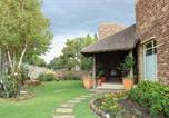 Location vacances Secunda - Camelot Guest House-1