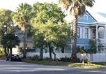 Location vacances Galveston - Cozy Historic Home in the heart of Galveston-1