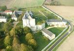 Location vacances  Vienne - Gîtes du Château de La Motte-1