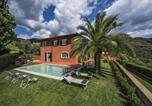 Location vacances  Province de Pistoia - Villa Ludovica-1