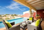 Location vacances Es Castell - Cala Llonga Villa Sleeps 6 with Pool Air Con and Wifi-3