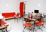 Location vacances Saint-Saturnin-lès-Avignon - Holiday home Les Rives Du Lac-4