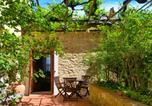 Location vacances Pomarance - Vintage Holiday Home in Montecastelli Pisanoâ , with private terrace-2