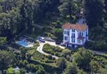 Location vacances  Province de Varèse - Laveno-Mombello Villa Sleeps 8 Pool Wifi-4