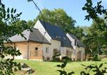 Location vacances La Bouillie - Vibrant Holiday Home In Plurien With Fenced Garden-1