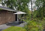 Location vacances Arnhem - Spacious Chalet in Hoenderloo With Pool-1