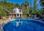 Location vacances Sant Josep de sa Talaia - San Jose Villa Sleeps 12 Pool Air Con Wifi-1