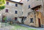 Location vacances Subbiano - Peaceful Cottage near Arezzo with Swimming Pool-1