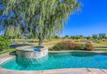Location vacances Thousand Palms - Mira Vista Lakefront Golf Villa-4