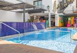 Location vacances Calella - Apartamentos Neptuno-1