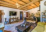 Location vacances Cuevas Bajas - Beautiful home in Rute w/ Jacuzzi, Outdoor swimming pool and 2 Bedrooms-3