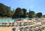 Location vacances Berrias-et-Casteljau - Maison Grospierres, 2 pièces, 5 personnes - Fr-1-382-26-1