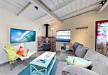 Location vacances Capitola - New Listing! Adorable Beach Cottage With Patio Cottage-1