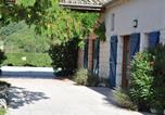 Location vacances  Tarn-et-Garonne - Cosy holiday home with shared heated pool and stunning views.-3