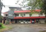 Hôtel Malang - Oyo 90188 Rotterdam Kediri Guest House-1