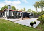 Location vacances Eskebjerg - Serene Holiday Home in Kalundborg with Terrace-1