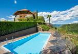 Location vacances Appiano sulla strada del vino - Apartments Schloss Warth-4