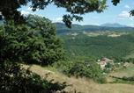 Location vacances Apecchio - Farmhouse with pool in the hills, beautiful views, in the truffle area-2