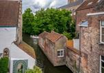 Location vacances Beernem - Canalside House - Luxury Guesthouse-4