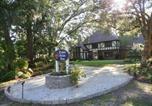Hôtel Walterboro - Tudor Oaks Inn-1