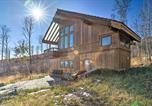 Location vacances Carbondale - Modern Cabin w/ Balcony Views + Fireplace!-2