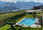 Location vacances  Mendola - Traum Ferienwohnung mit atemberaubenden Seeblick Pool und Wlan-1