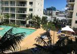Location vacances Cairns - Cairns Esplanade 2 Bed 2 Bath Resort Hotel-4