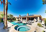 Location vacances Thousand Palms - Palm Desert 4br 3ba Opulent Retreat With Pool & Jacuzzi Home-1