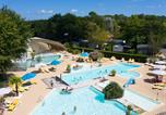 Camping avec Piscine couverte / chauffée Gastes - Camping le Bimbo - Camping Paradis-3