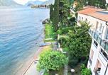 Location vacances  Province de Côme - Spacious Apartment in Menaggio with Terrace-1